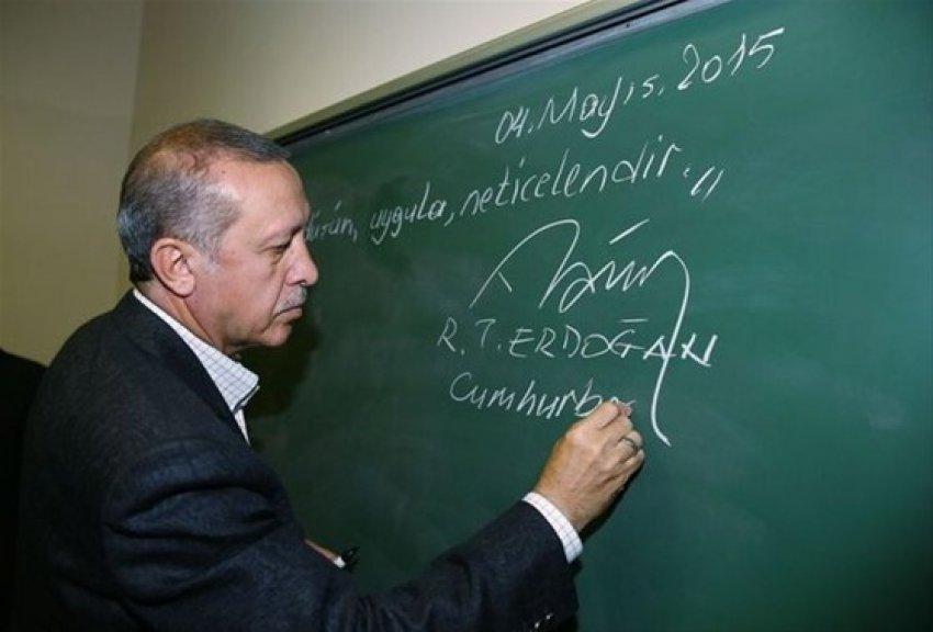 Erdoğan tahtaya ne yazdı?