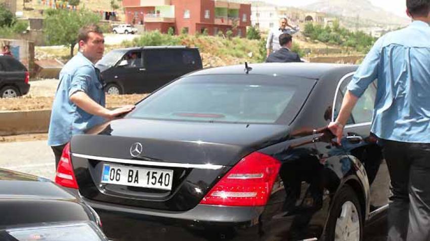Davutoğlu, seçim yasaklarına uydu