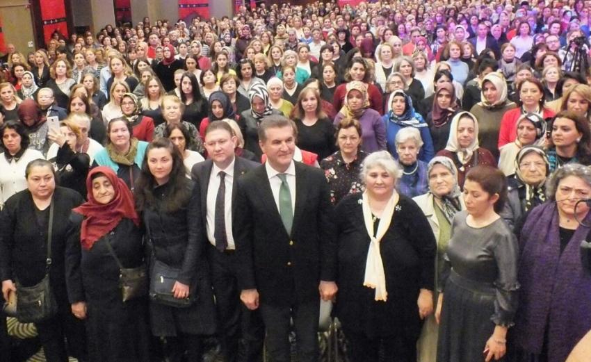 Mustafa Sarıgül Kadınlar Günü'nde adaylık sinyali verdi