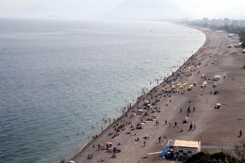 Dünyaca ünlü sahilde düşündüren görüntü