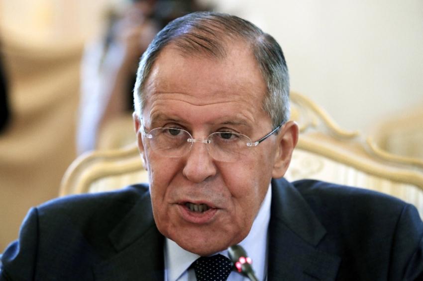 Azerbaycan ve Ermenistan'ı ziyaret edecek