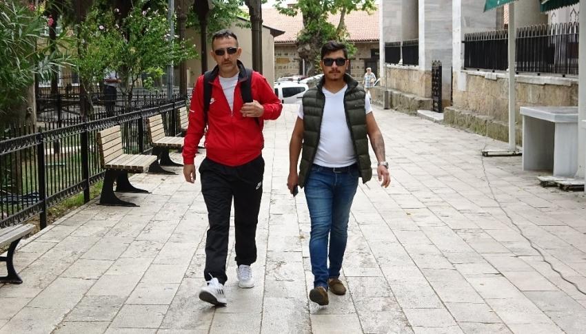 Ayasofya'da namaz kılmak için Bursa'dan yürüyerek yola çıktılar