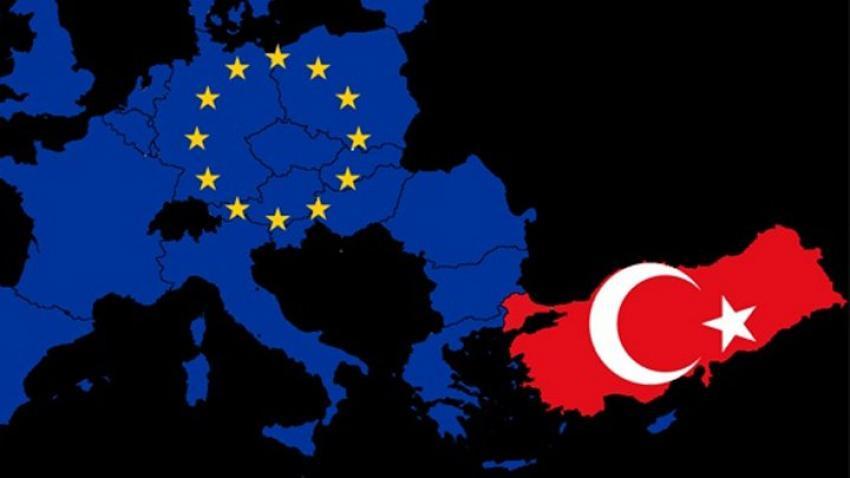 Yunanistan Avro'dan çıkarsa yüzde 20 küçülecek