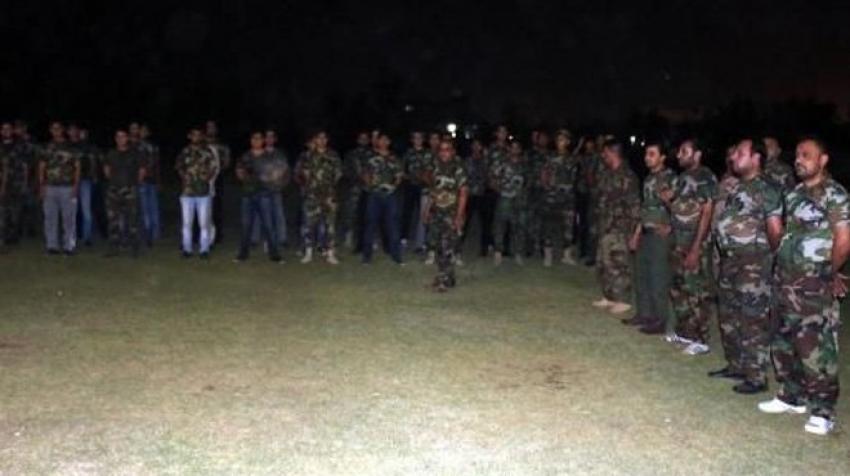 Türkmen öğrenciler savaş için eğitiliyor