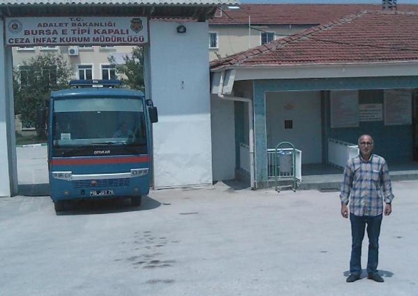 Erdoğan'ı protesto etti cezaevine girdi