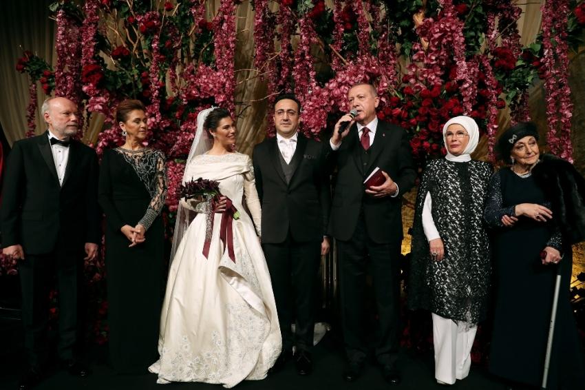 Erdoğan nikah şahidi oldu