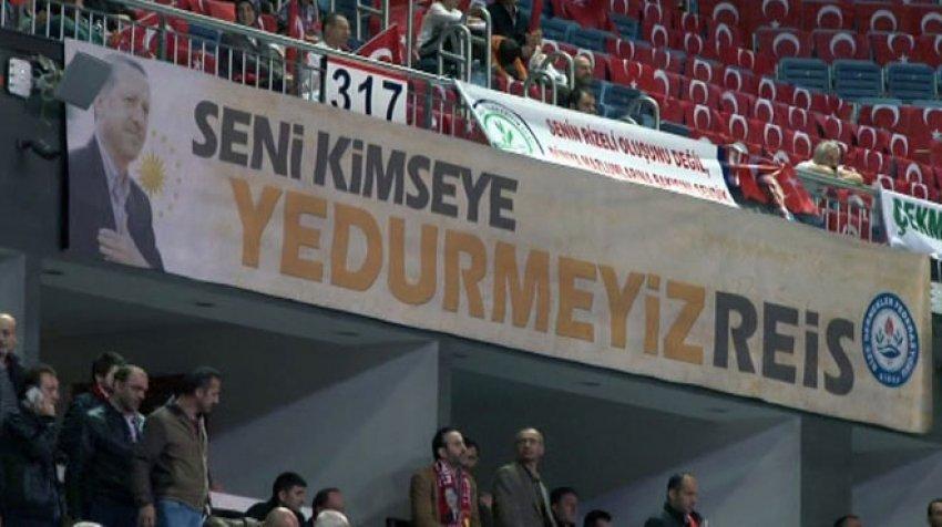 Rizelilerden Erdoğan'a pankartlı sesleniş