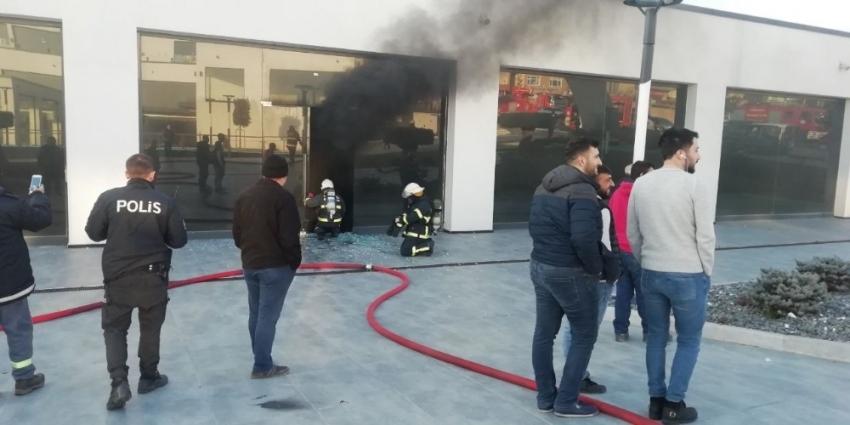 İş yerinde çıkan yangın...