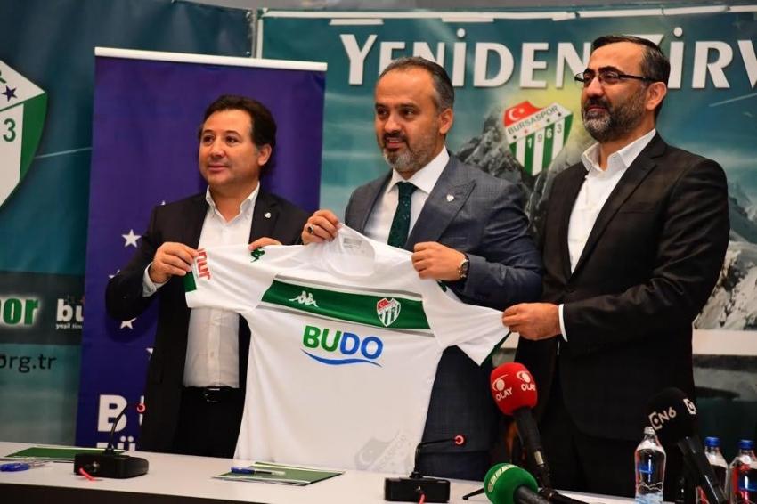 Bursaspor'un forma göğüs sponsoru BUDO oldu