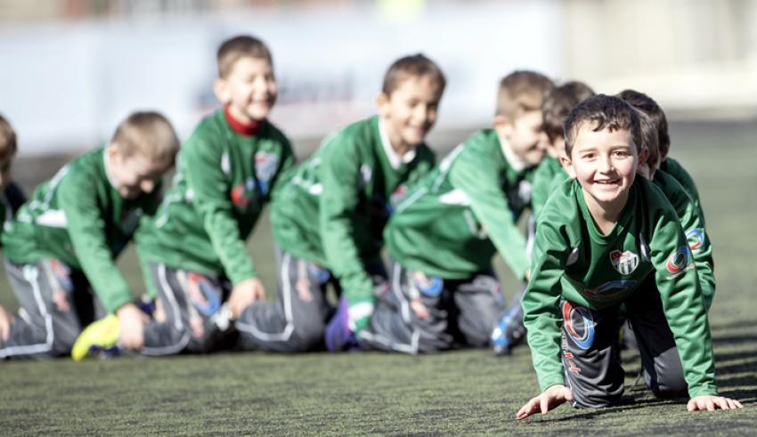 Bursaspor'un yaz futbol okulu başladı