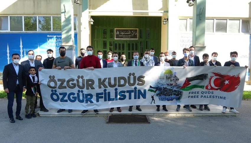 Bursa'da eğitim gören Filistinli öğrencilerden protesto