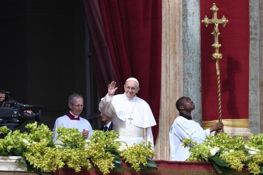 Papa Francis'ten itiraf