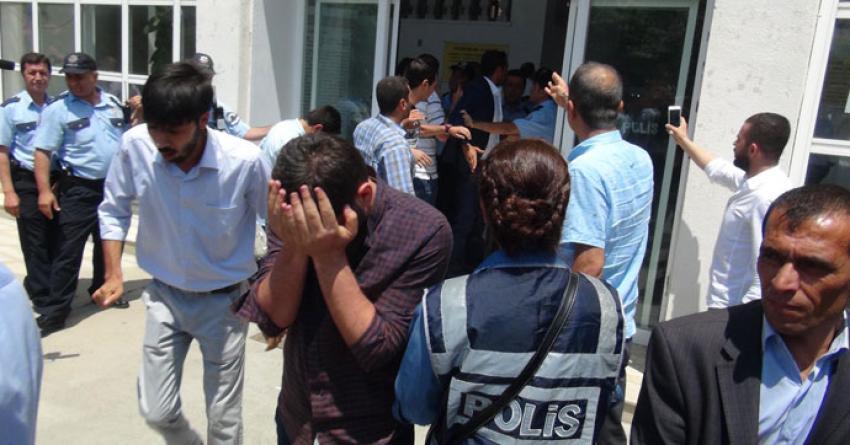 AK Parti- MHP kavgasına biber gazlı müdahale!