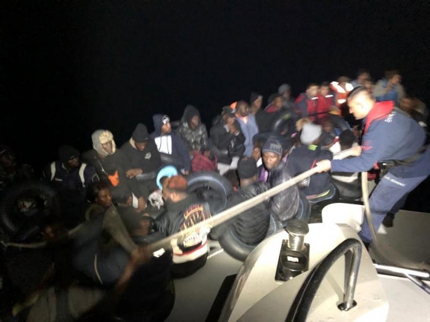 Ege Denizi'nde göçmen hareketliliği: 378 kişi yakalandı