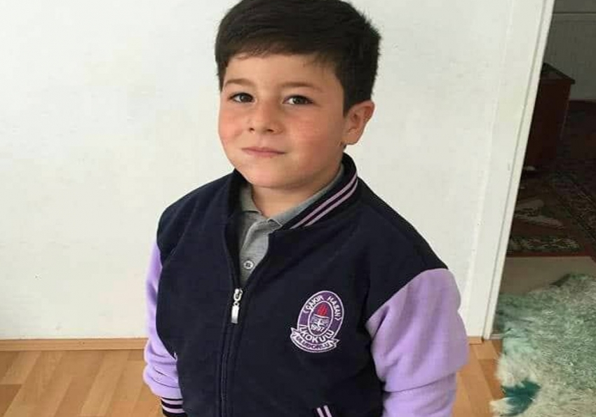 8 yaşındaki çocuk kalp krizinden öldü