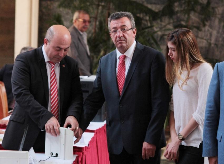 CHP'nin önceliği muhalefet bloğu hükümeti