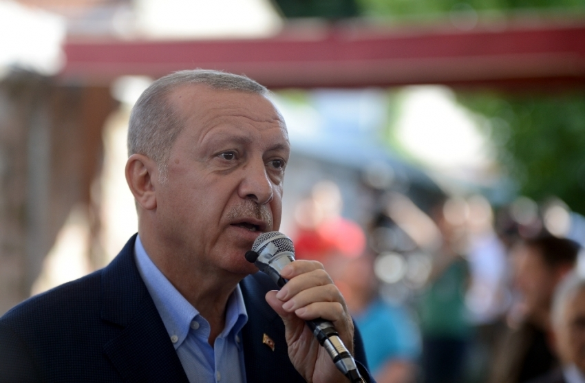 """Cumhurbaşkanı Erdoğan: """"Benim eleştirim teröre bulaşmış olan yöneticileredir"""""""