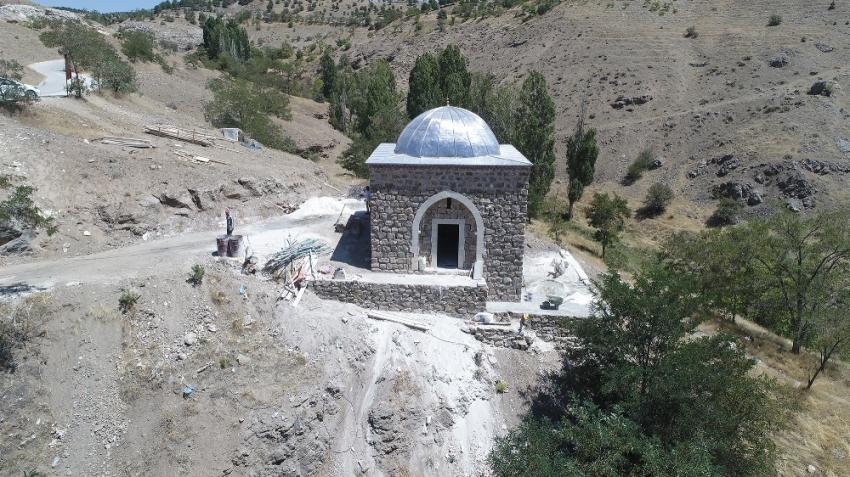 450 yıllık mescidin restorasyonunda sona gelindi ilk namaz için gün sayılıyor
