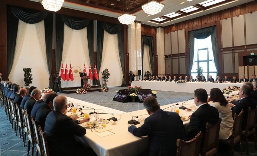 Büyükşehir belediye başkanlarıyla toplantı sona erdi