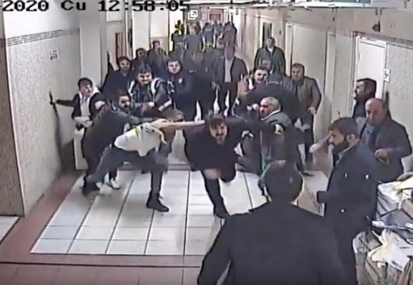 15 kişi saldırmıştı! O avukat hayatını kaybetti!