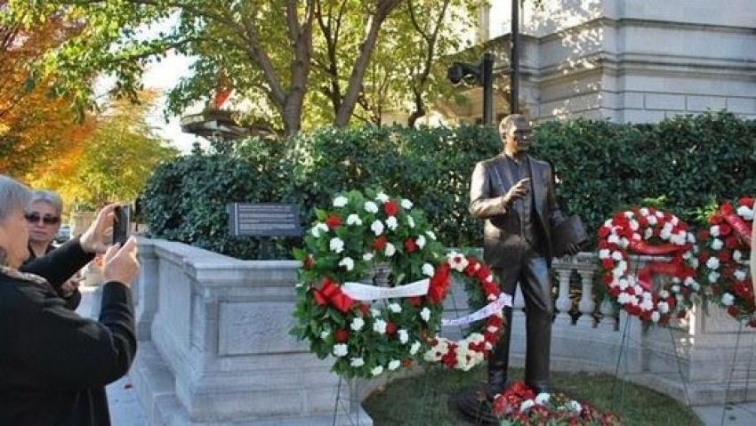 Türkiye'den Atatürk heykeline yapılan saldırıya tepki
