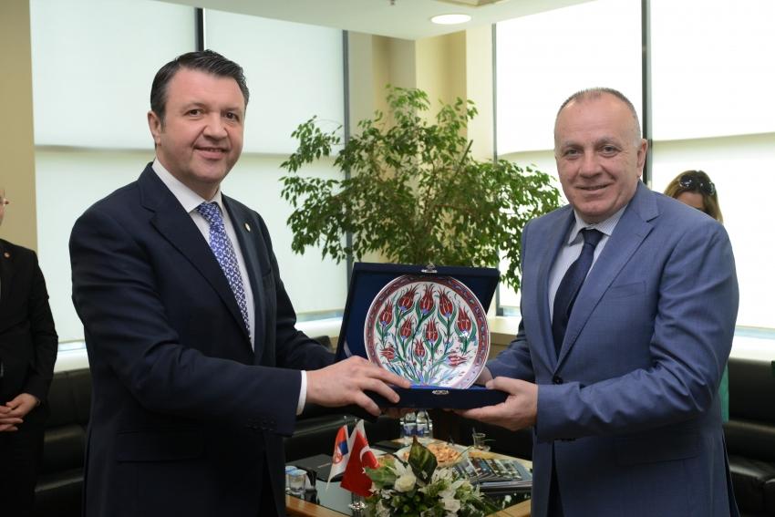 Bursa ile Sırbistan arasındaki ticaret 'Zirve' yaptı