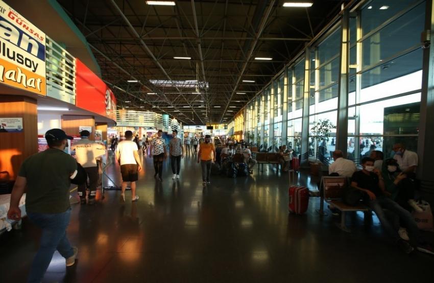 Bursa Terminali'nde bayram yoğunluğu