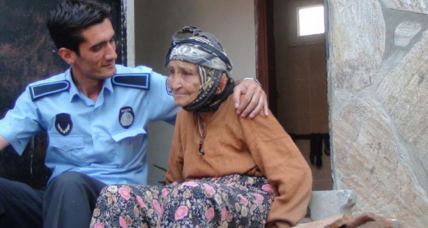 105 yaşındaki Durdu nineden uzun yaşama sırrı!