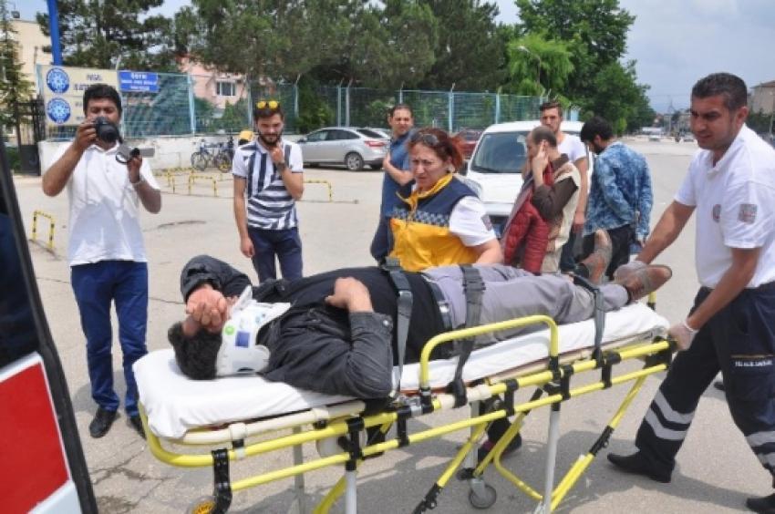 Bursa'da iki ayrı kaza 3 yaralı