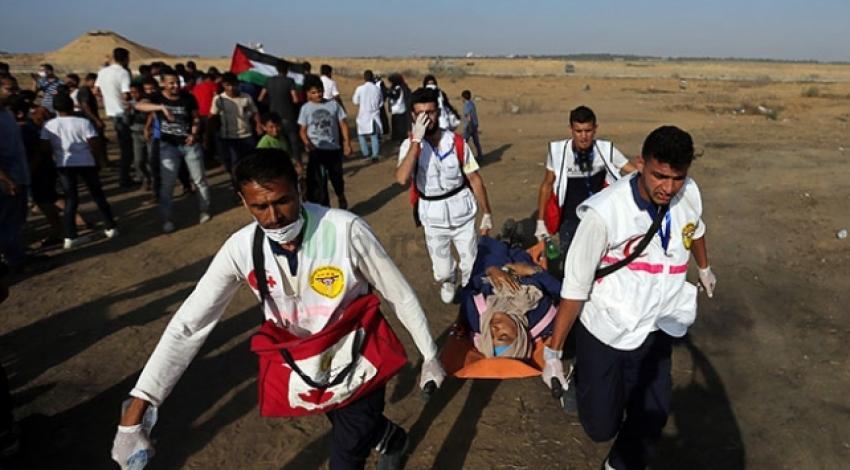 İsrail askerleri 79 Filistinliyi yaraladı