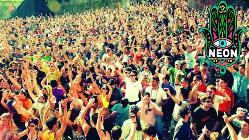 Neon Festivali için Bursa'ya akacaklar