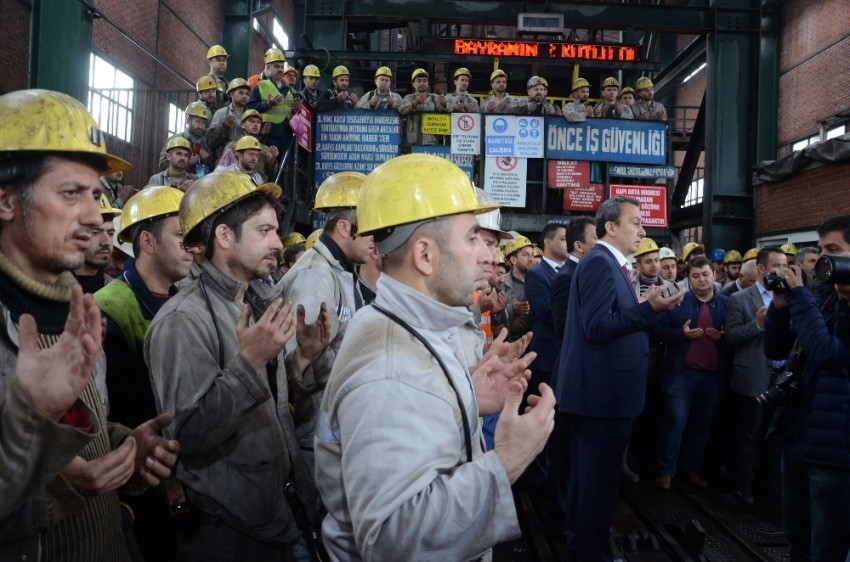 Maden faciasında hayatını kaybedenler anıldı