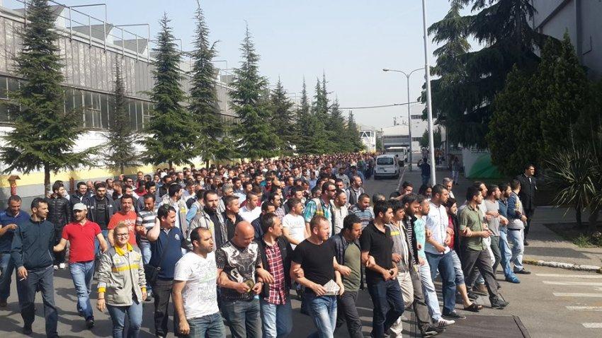 Direniş kırılıyor! Hangi fabrikalarda işçiler işbaşı yaptı?