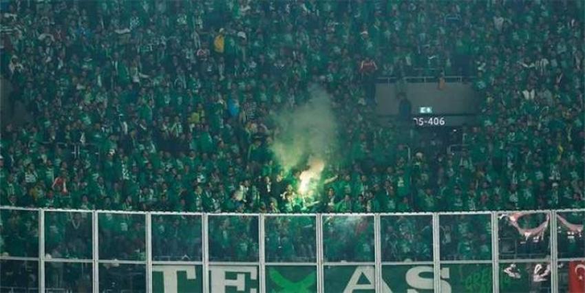 Yeşil giyin çağrısı