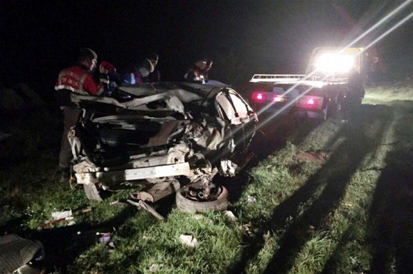 Otomobil uçuruma yuvarlandı: 2 ölü!