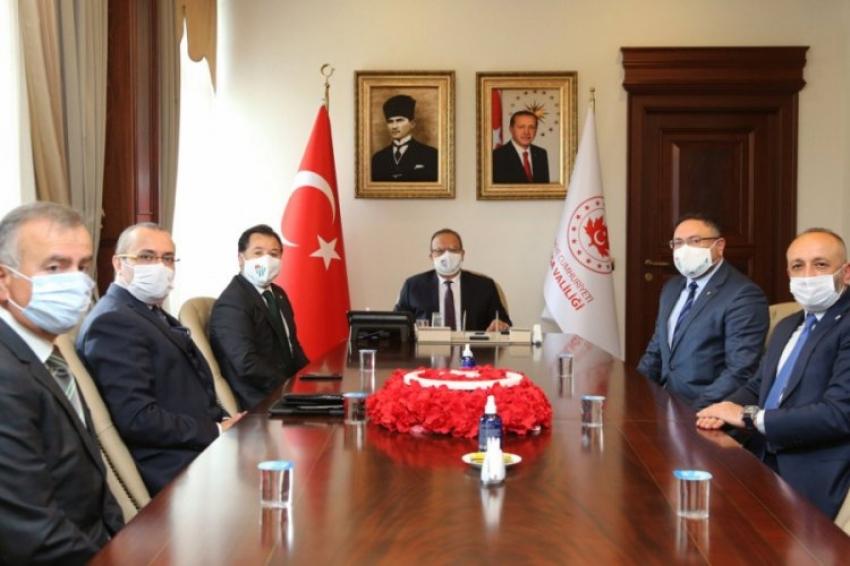 Bursaspor'dan Vali Canbolat'a ziyaret