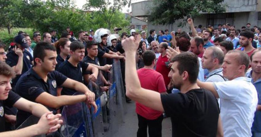 Enpay işçileri ile polis arasında arbede
