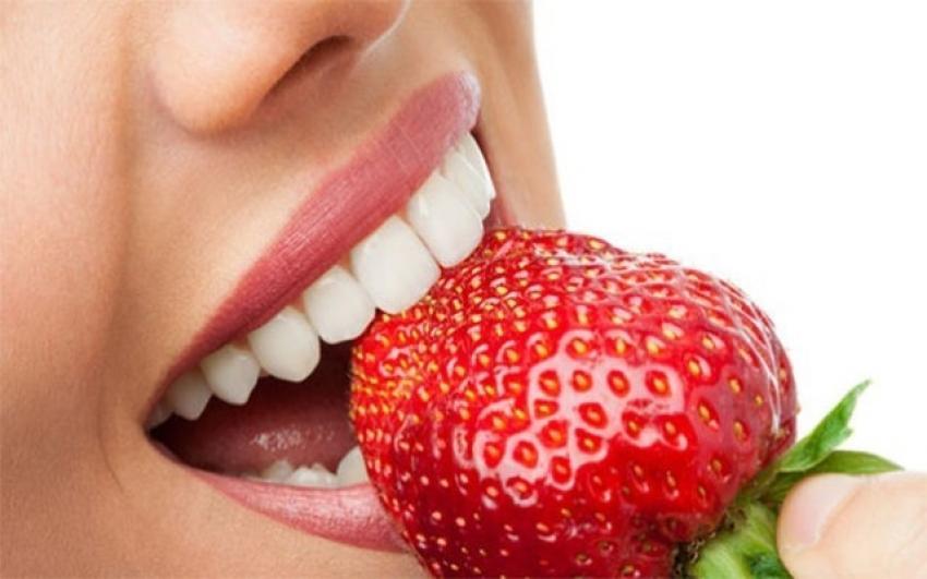 Daha beyaz dişler için doğal öneriler