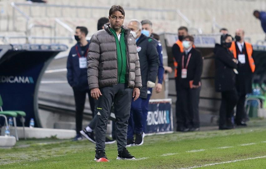 Bursaspor Teknik Sorumlusu Fazlı Tan, görevinden ayrıldığını açıkladı