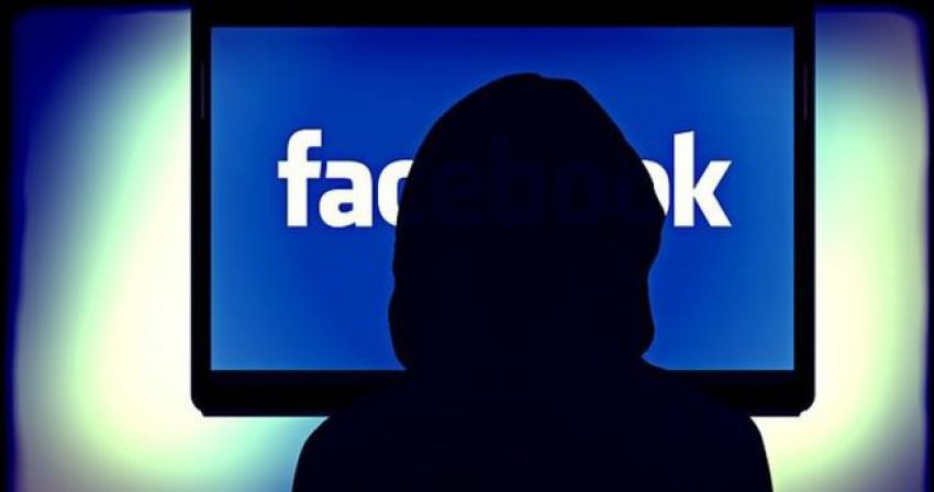 Facebook kendini yenilemeye devam ediyor