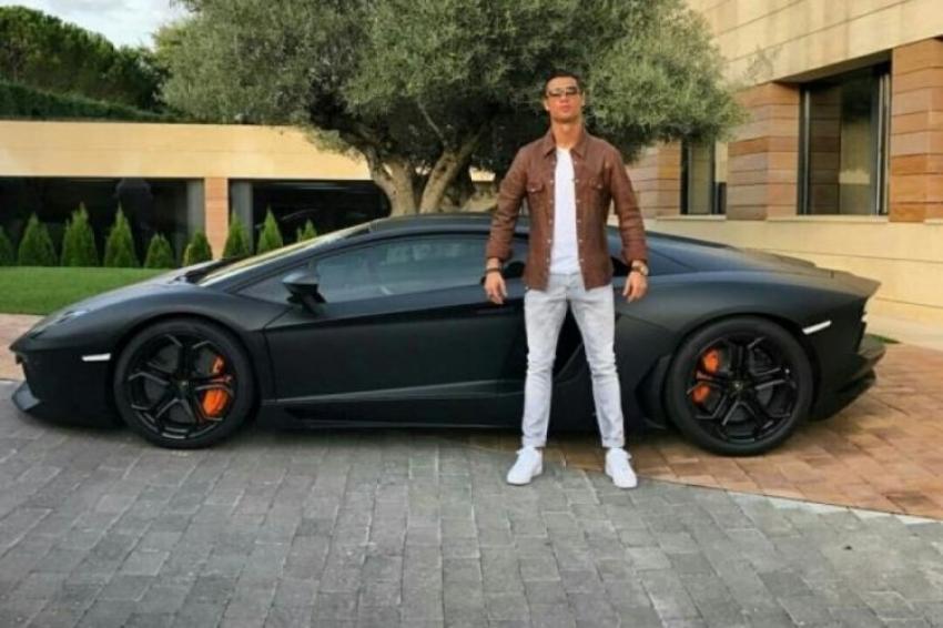İşte Ronaldo'nun son aldığı araba