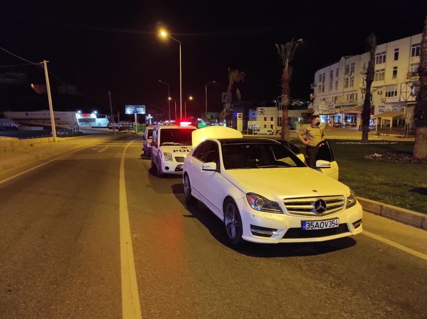 Ehliyetsiz sürücü 10 kilometre kaçabildi