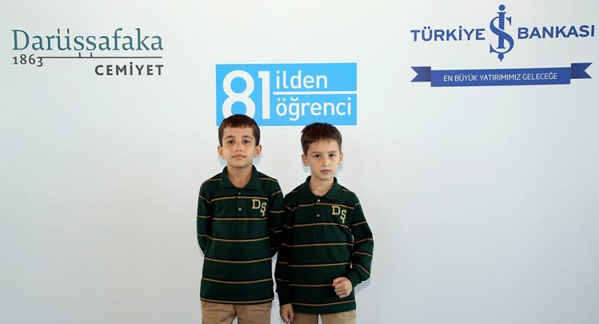 Bursa'dan başarılı iki öğrenci Darüşşafaka'da okuyacak
