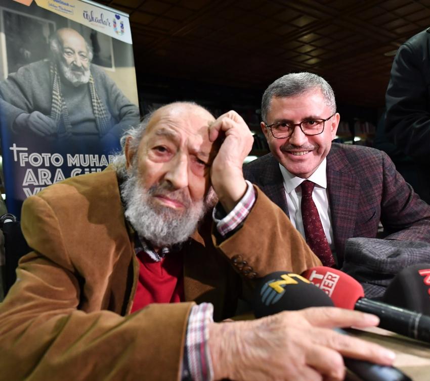 """Fotoğrafın Ustası Ara Güler'e """"Vefa Gecesi""""ne büyük ilgi"""