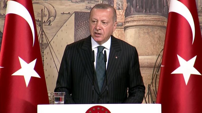 Erdoğan uluslararası medya mensuplarıyla bir araya geldi