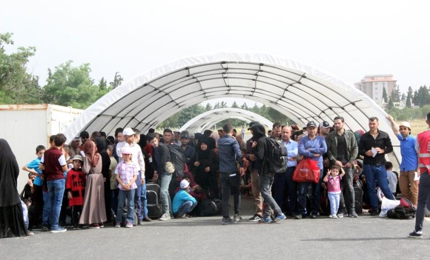 6 bin 500 Suriyeli Ramazan Bayramı için ülkesine gitti