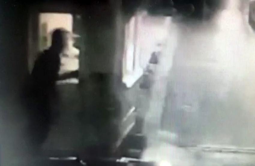 Kadıköy'de milli kick boksçunun 'yan bakma' cinayeti kamerada
