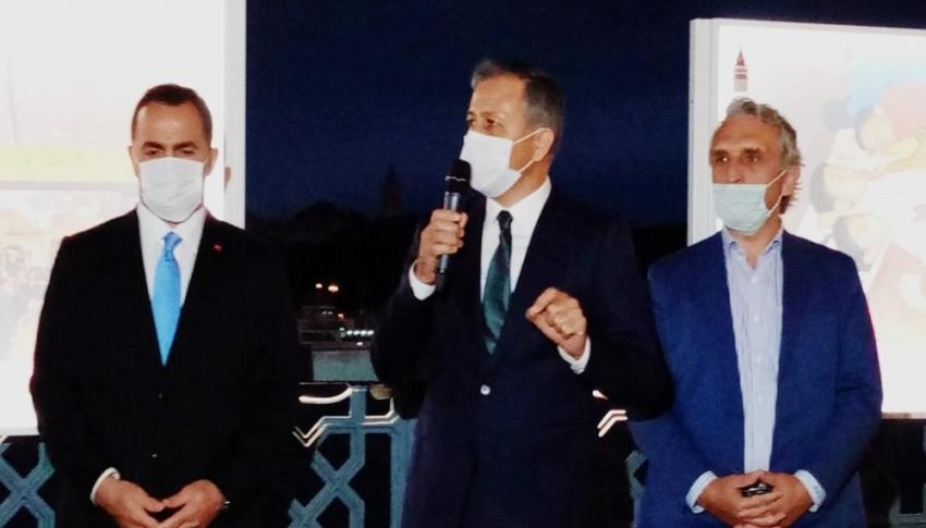 15 Temmuz İstiklal Sergisi Galata Köprüsü üzerinde açıldı