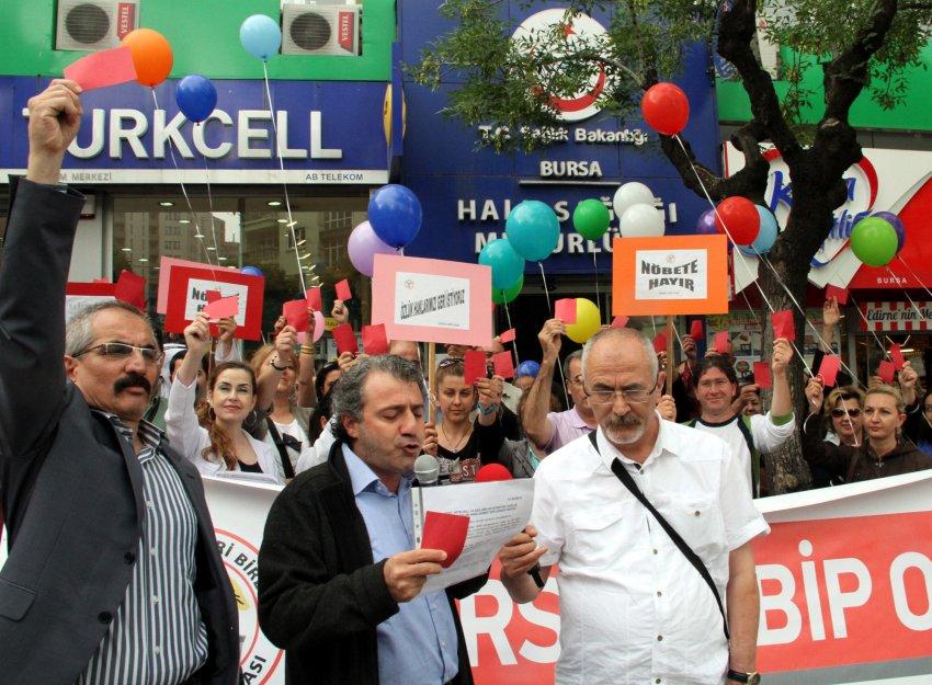 Bursa'da aile hekimlerinden Sağlık Bakanlığı'na kırmızı kart!