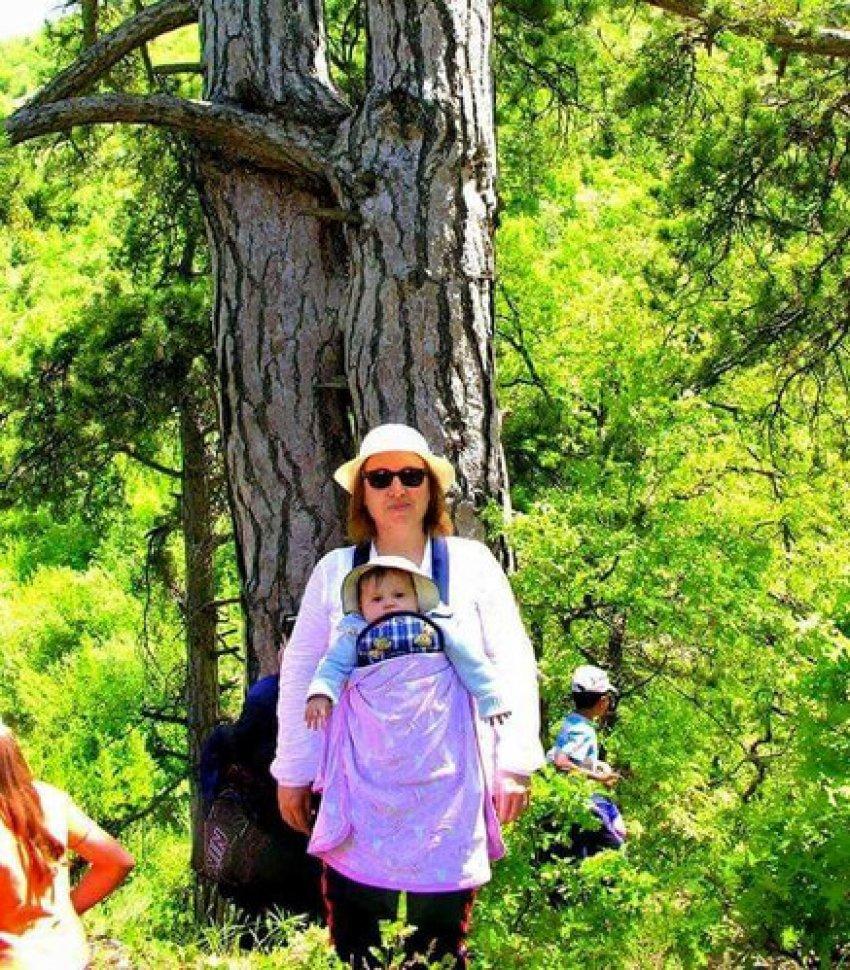 Dağ yürüyüşüne katılan 1 yaşındaki bebek yılın dağcısı seçildi